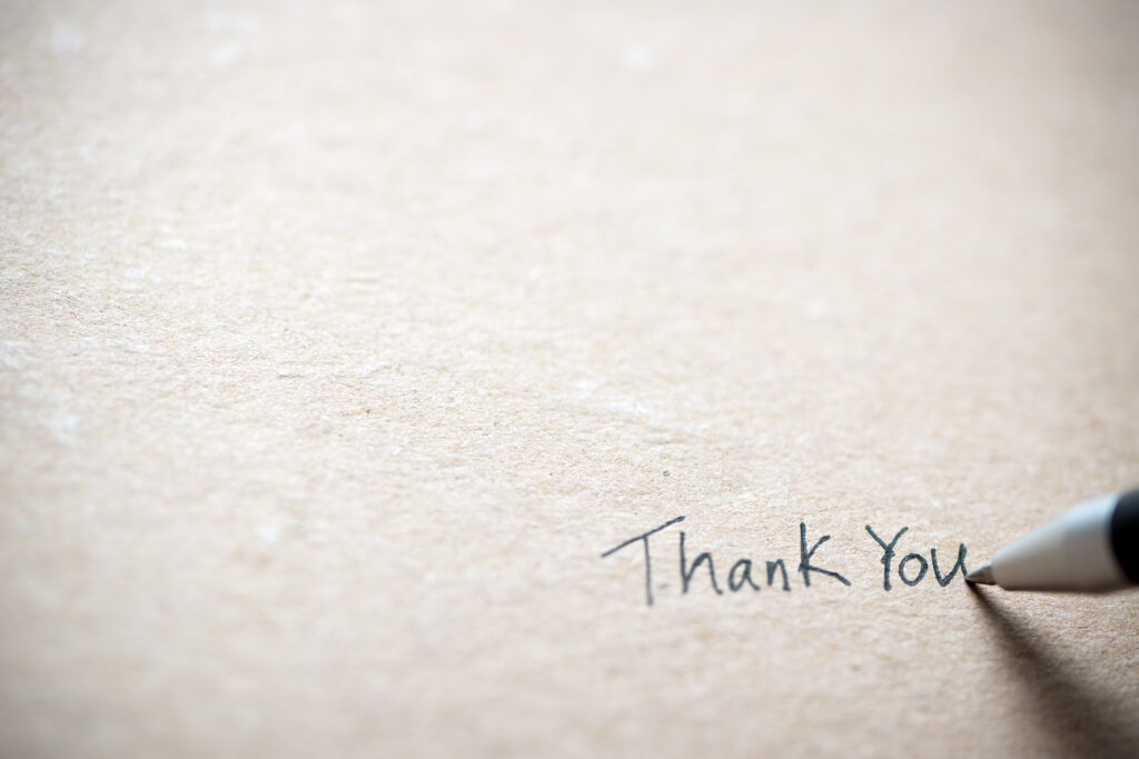 A handwritten note is an excellent way to make someones day.